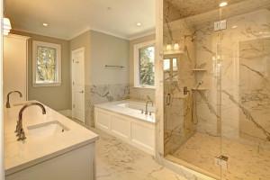 5000 Garfield Master Bathroom