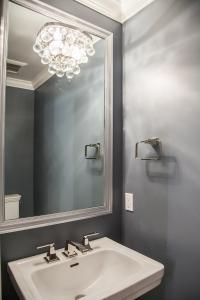 3620 Whitehaven Pkwy Bathroom