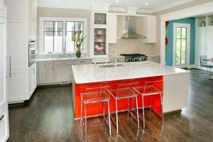 Designer kitchen by Chryssa Wolfe with Hanlon Design