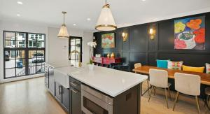3721 Reservoir Rd NW, Kitchen